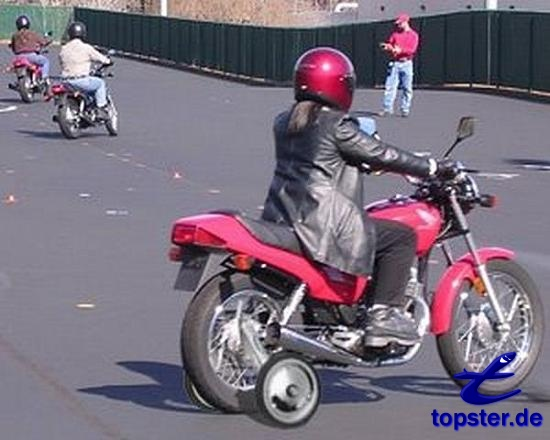 tahm6kv_qmurlb_motorrad-stuetzraeder.jpg