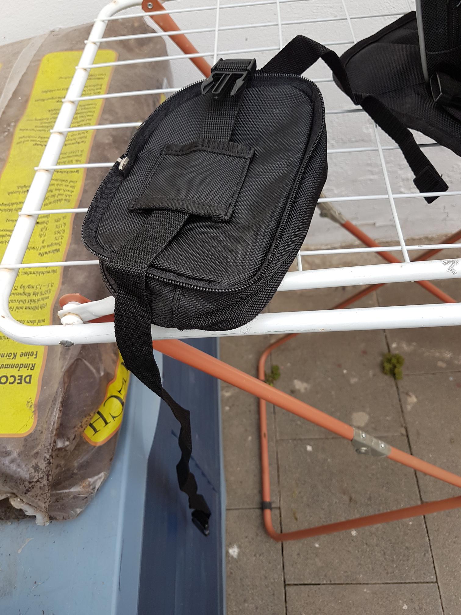 tankrucksack-kleinetasche-klein.png