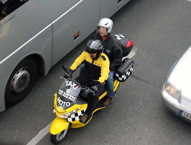 taximoto8.jpg