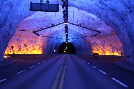tunnel-stryn.jpg