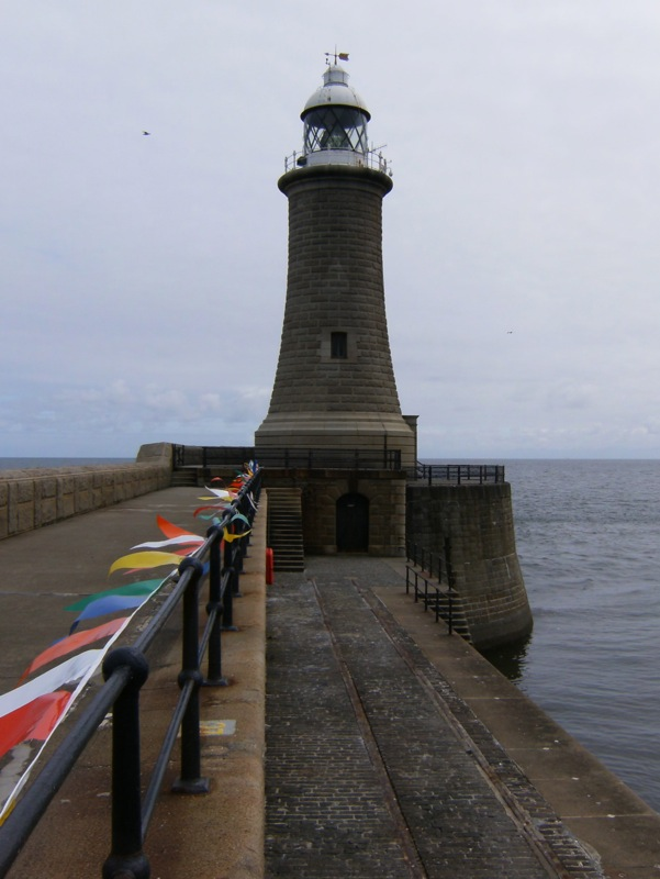 tynemouth-lighthouse.jpg