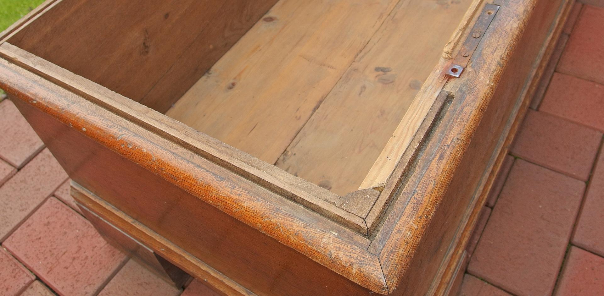 Erfreut Alter Holzschrank Ideen Die Designideen für Badezimmer