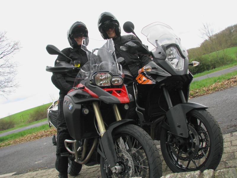 wir-auf-moped_klein.jpg