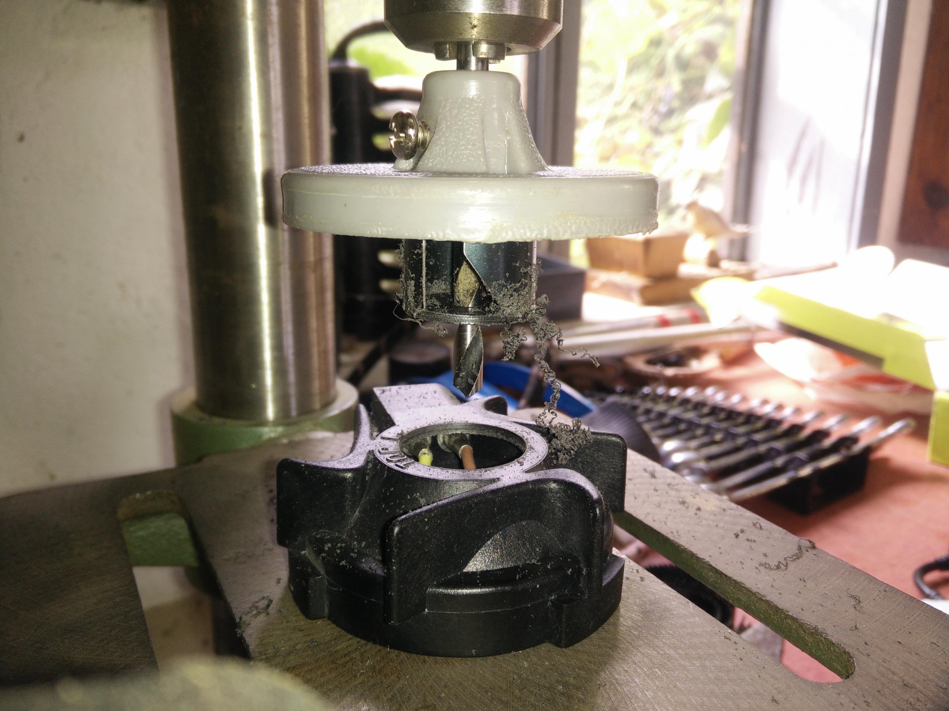 xenon-abblend-einbau-1-.jpg